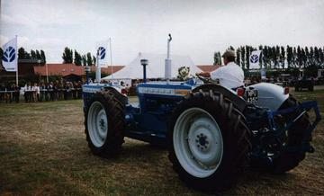 doe 130 tractor two ford 3000 tractors connected as one