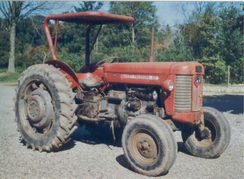 1963 Massey Ferguson 65 HD Antique Tractor