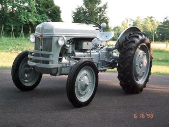 Tsid153 together with Viewit together with Ford Tractor Implements moreover Yph4227 in addition 301019108365. on 8n ford tractor ads